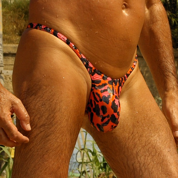 """Men's thong narrow push out pouch Pinky Leopard,very low cut 4"""""""