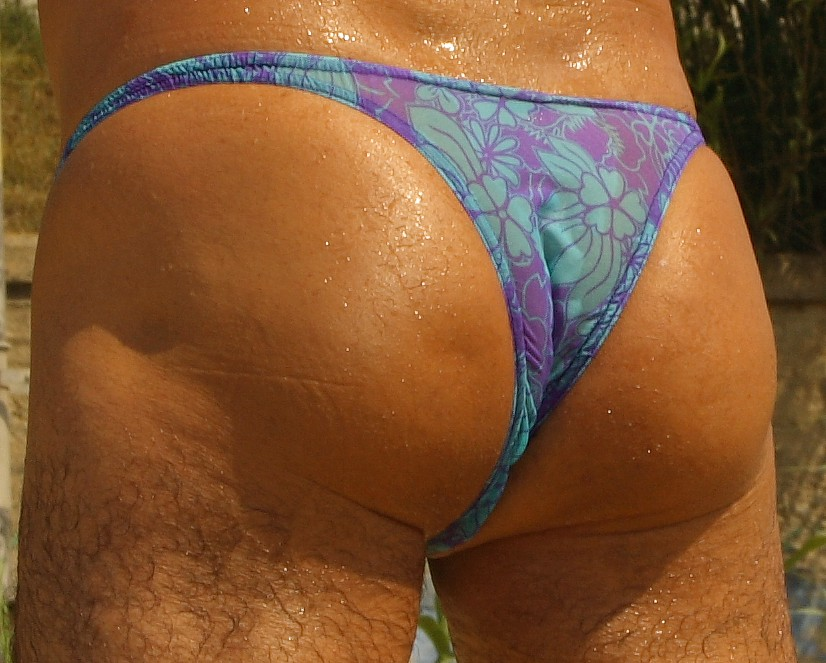 """Extremely Narrow Back: 3"""".Color/Print:Hibiscus Dream Mesh.Extremely low cut: 3"""".1/2"""" straps.X-Large"""